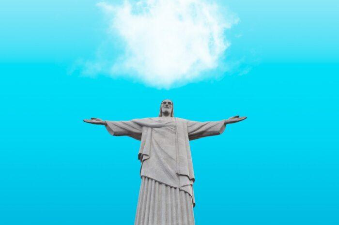 Ateismus znamená absenci jakékoliv víry v Boha